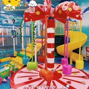 Đồ chơi trong khu vui chơi trẻ em, đu quay khu vui chơi