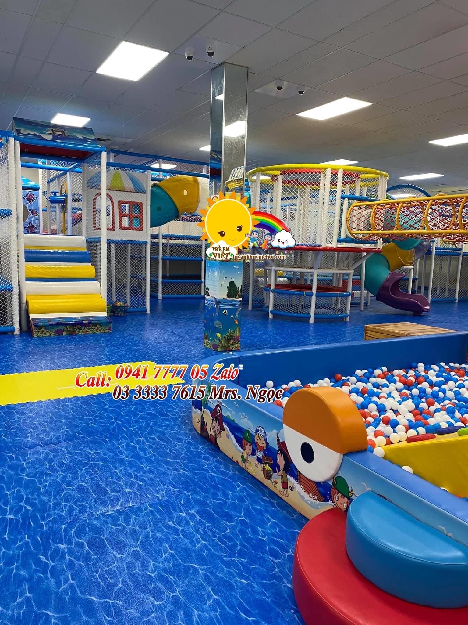 Lắp ráp khu vui chơi trẻ em